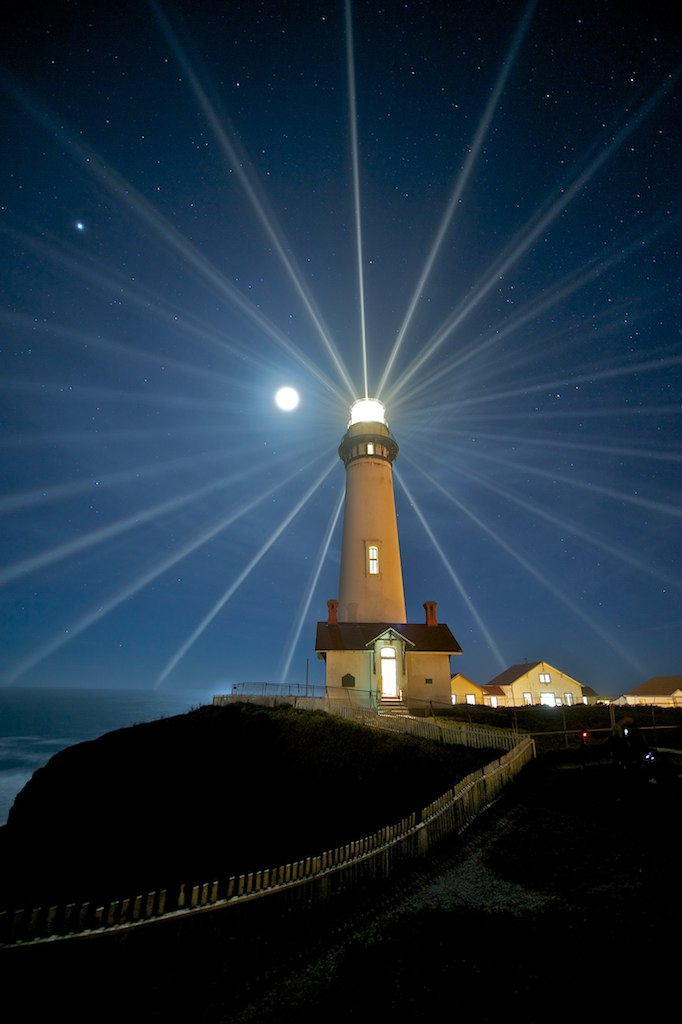 lighthouse-night